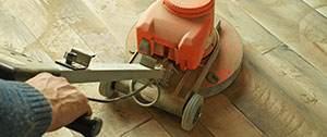 Vloerrenovatie van een houten vloer